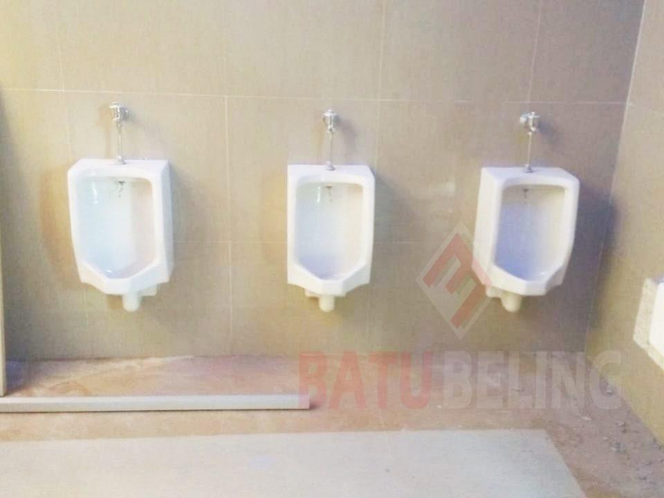 Urinoir Pasuruan